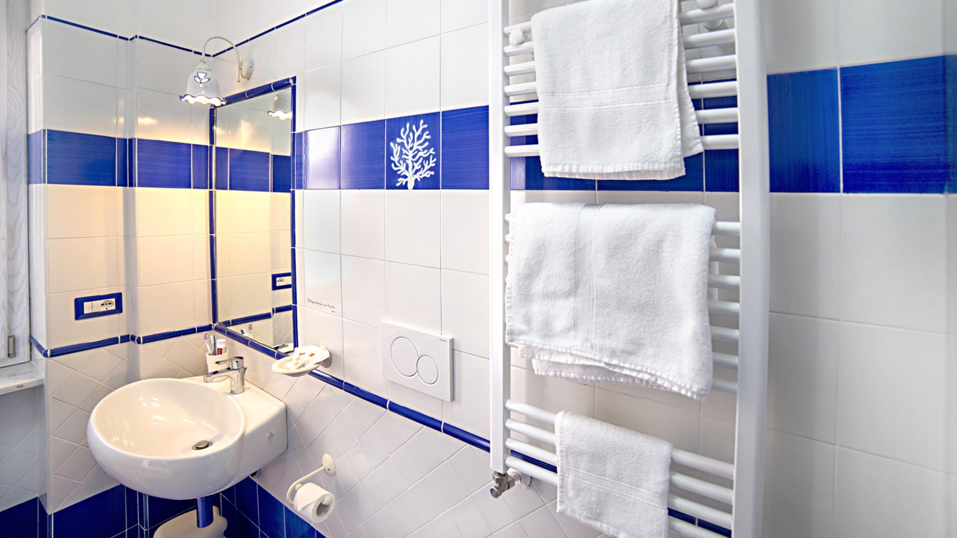 Piastrelle Bagno Blu Mare Fabulous Faro Ceramiche Per