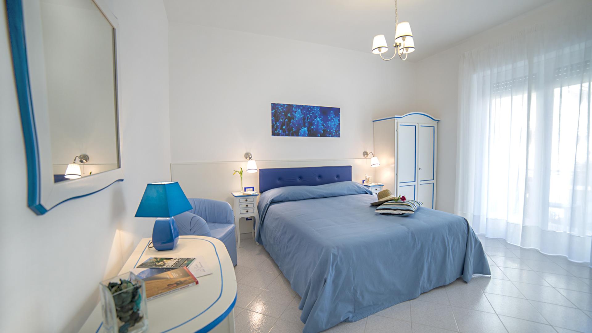 Camera Da Letto Blu Cobalto: Camera da letto casa bricocenter fa f ...